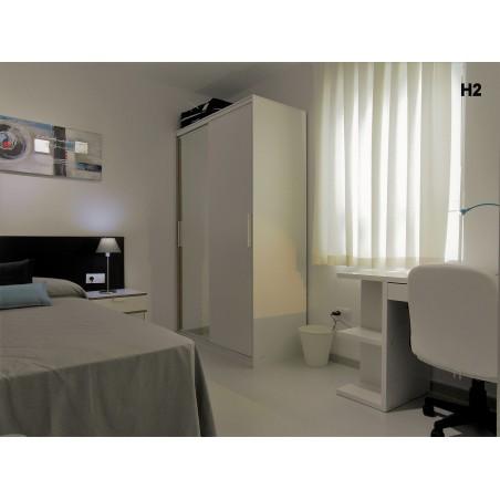 Habitación con baño privado AG34-21-H3
